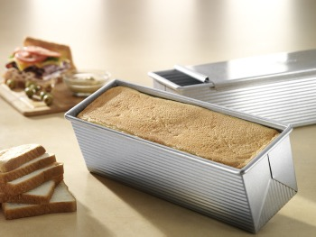 Pullman Loaf Pan & Cover - Small