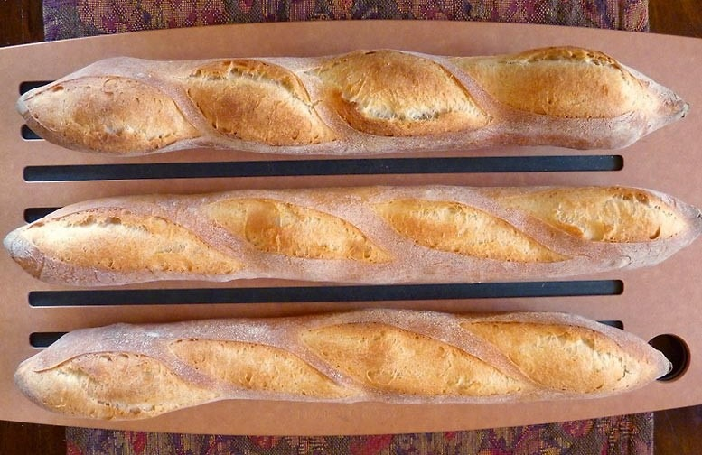 How to Make Baguettes Breadtopia